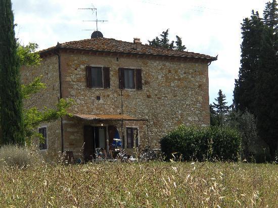 Agriturismo Fattoria Il Piano: het appartement met tuin