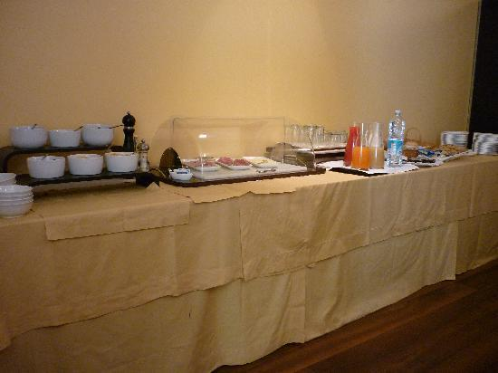 Palazzo Ai Capitani Hotel: More breakfast - no hot food at all