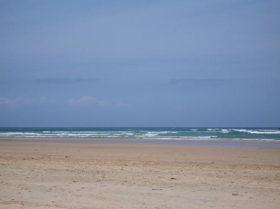 The Pentire Hotel: Crantock beach