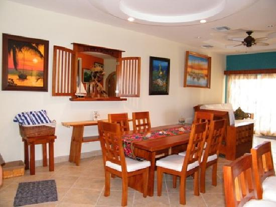 Grand Caribe Belize Resort and Condominiums: 2-bedroom condo