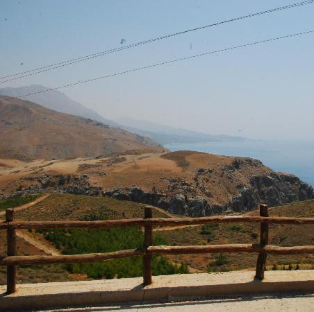 "Plakias, Grèce : View from ""bus stop"""