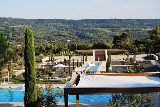 Suite coquillade luberon provence picture of coquillade village gargas t - Le domaine de la coquillade ...