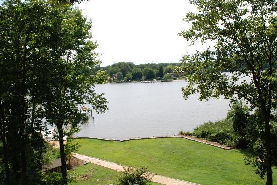 Laurel Grove Inn on the South River : View from Upper Deck