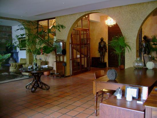 Hotel Mariscal Robledo: hall