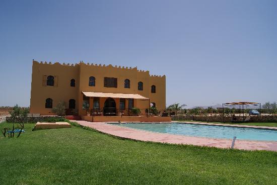 Riad Le Ksar de Fes: Vista desde la piscina