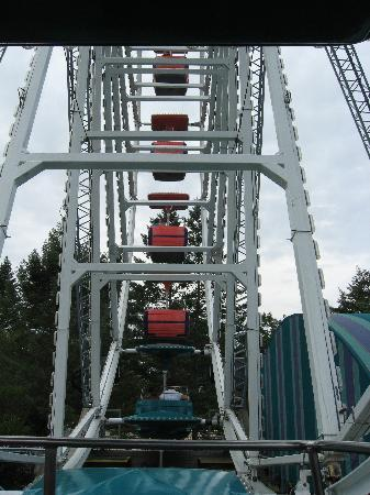 Canobie Lake Park: Sky Wheel