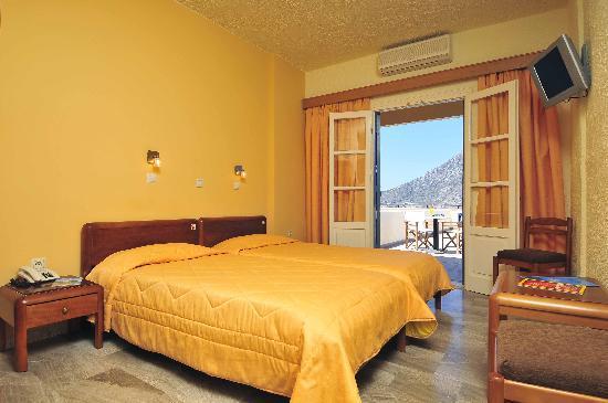 Hotel Philoxenia : Rooms