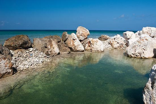 Cayman Brac Beach Resort: Scenery in Cayman Brac