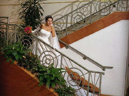 Holiday Inn Buena Park Hotel & Conference  Center: A favorite venue for Buena Park Weddings