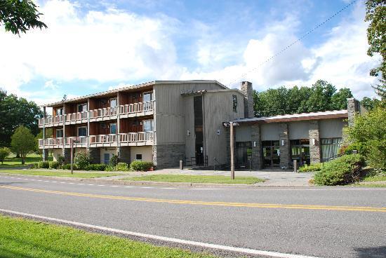 Thunderhart Golf Course at Sunny Hill: Motel