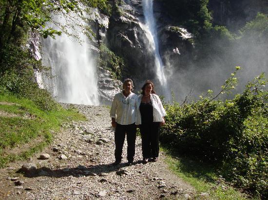 Verceia, Italia: a pochi km le meravigliose cascate .....