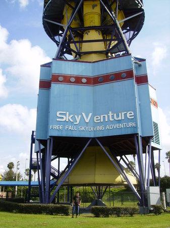 iFLY Indoor Skydiving - Orlando : skyadventure
