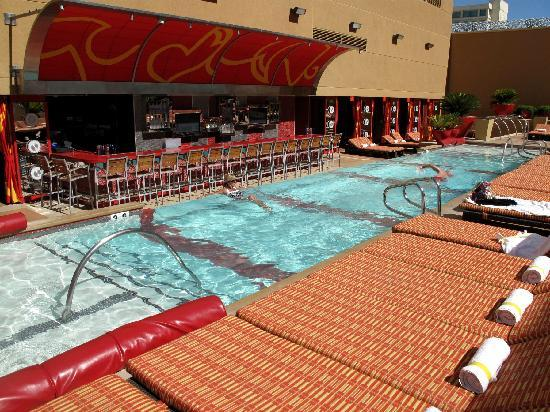 The Hideout Adult Only Pool Picture Of Golden Nugget Hotel Casino Las Vegas Tripadvisor