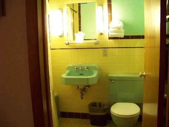 Wiltshire Motel 3