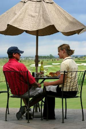 Headwaters Grille : Outdoor Dining