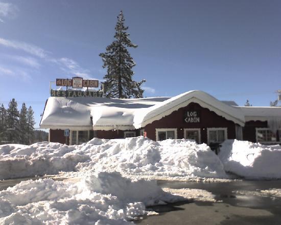 Log cabin restaurant big bear region ulasan restoran for Cabine di noleggio in big bear ca