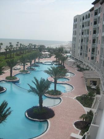 Diamond Beach: Pool area from 4th floor, lazy river down further