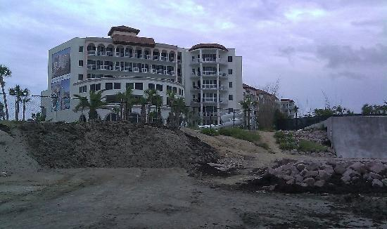Diamond Beach: from beach looking at hotel, path to beach area