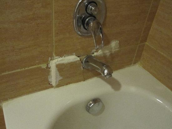 Vasca Da Bagno Scheggiata : Vasca da bagno scheggiata foto di hotel atlas asni