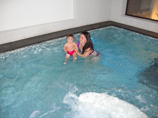 Hotel Maribel: fortuna che c'è la piscina