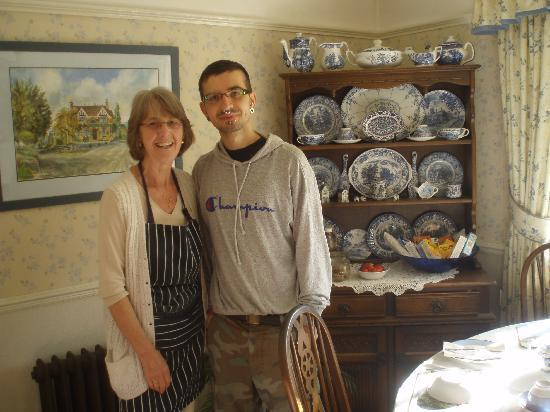 Mulgrave Cottage : One of us with Pauline