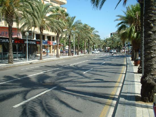 Ohtels Belvedere: salou street