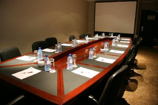 Hampshire Hotel: King Shaka Meeting Room