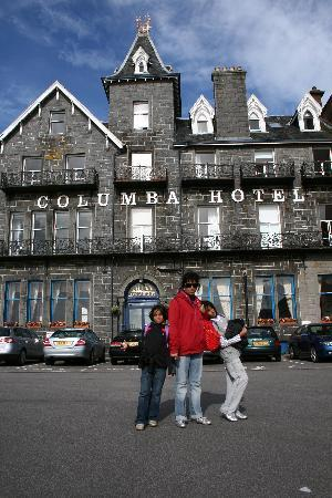 Columba Hotel: Hotel exterior - the building is more than a century old, I believe