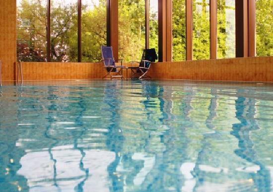 DoubleTree by Hilton Hotel Sheffield Park: Indoor Swimming Pool