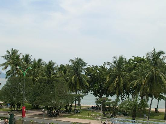 Tropicana Hotel: room view to the beach 2