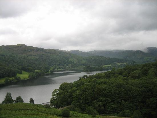 Riverside B&B: the walk near Grasmere