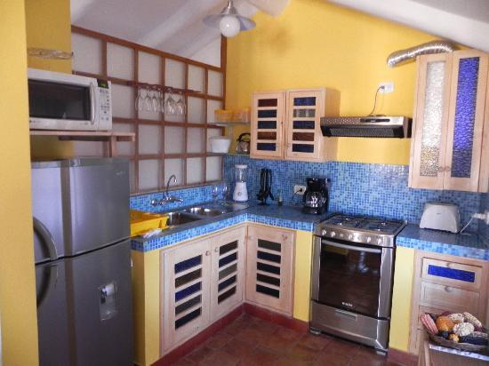 Quinua Villa Boutique: Well equipped kitchen