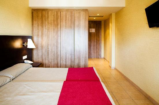 Hotel Canal Olimpic: Room