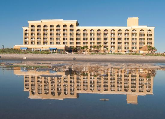 Atlantic Beach and Courtyard by Marriott Jacksonville Beach Oceanfront