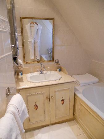 Hotel Villa Josephine : Salle de bains