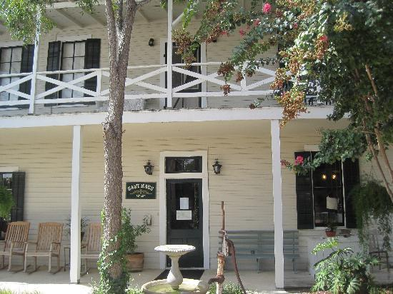 Meyer Bed and Breakfast on Cypress Creek: Gausthaus