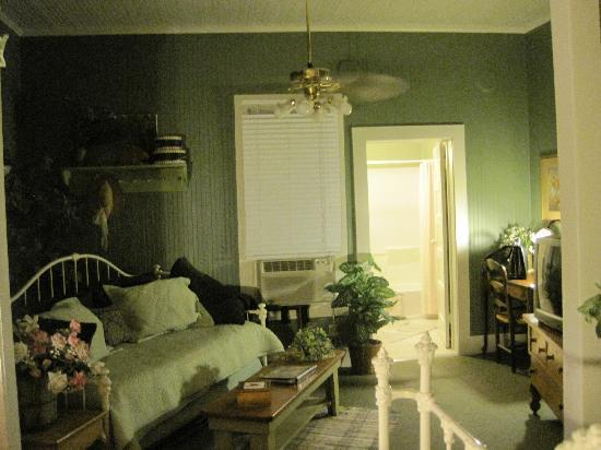 Meyer Bed and Breakfast on Cypress Creek: Room