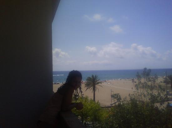 Gran Hotel Europe Comarruga: vistas a la playa desde la habitación