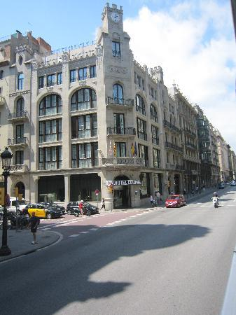 stylish hotel in great location hotel colonial barcelona