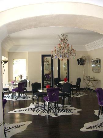 Sainte Valerie Hotel: Inomhus
