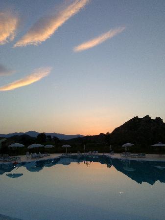 Tancau Village Beach & Resort: tramonto al tancau village