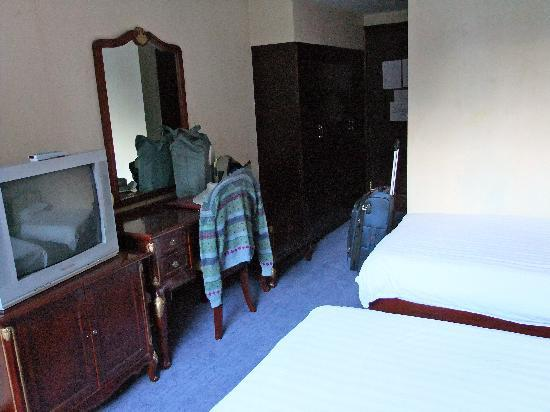 A typical Gubao Hotel bedroom