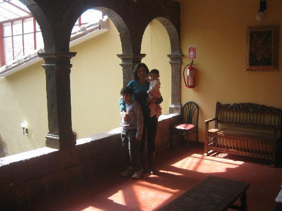 Cusco Plaza Nazarenas: Estar 2do. piso