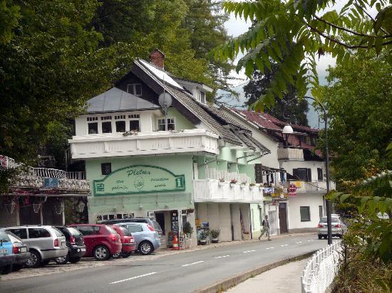 Pension Pletna: Garni Pletna Lake Bled