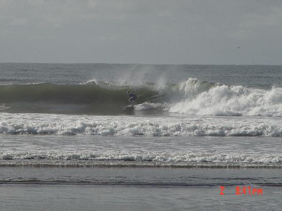 Azul Surf Club : Perfect right point breaks