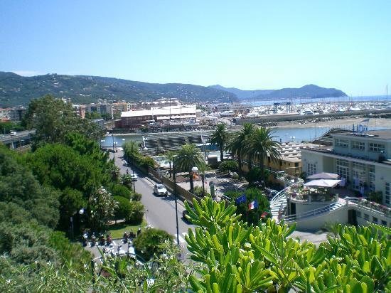 Hotel Santa Maria : From top - Solarium