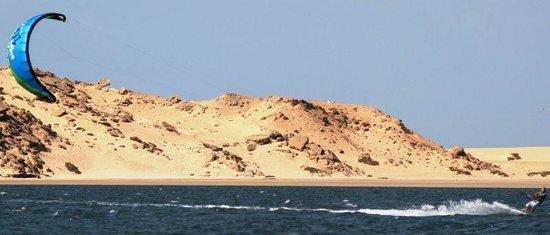 Ad Dakhla, Sahara Occidental: Kitesurfing on the Laggon in Dakhla