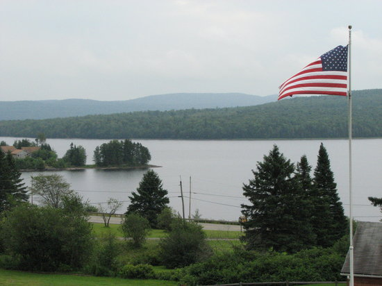 Pittsburg, Nueva Hampshire: view from our deck at the cabin