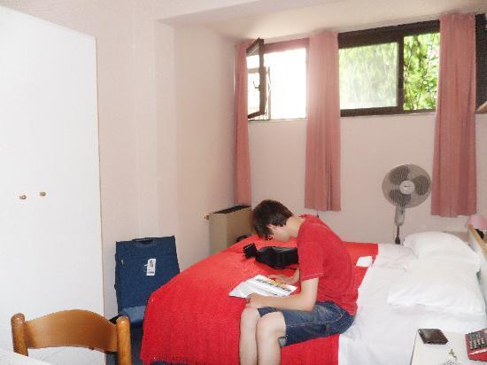 Primavera Hotel: Our room