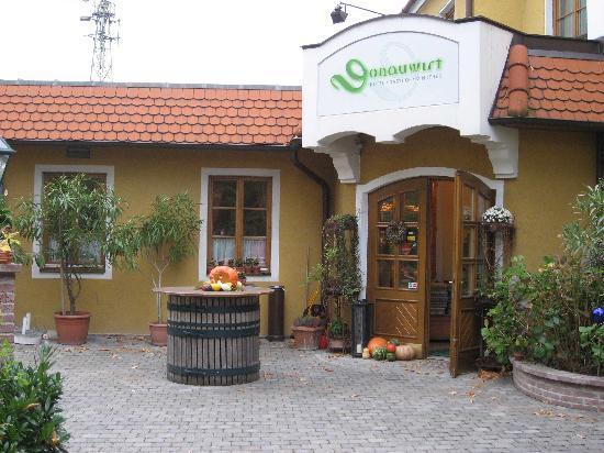 Hotel Weingasthof Donauwirt: Der Eingang